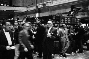 is the stock market open on saturday